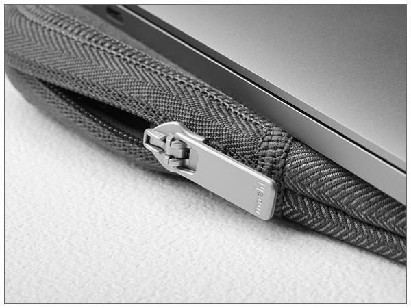 moshi Pluma for MacBook Pro 16 (Herringbone Gray)【ポイント10倍】