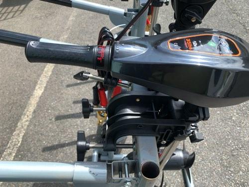 リチウムバッテリーにも対応/BEEハンドエレキモーター/35lb〜135lbまで用意
