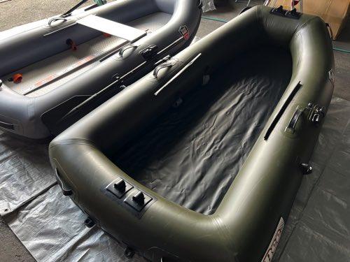 BEE D235AM/高圧エアーマット装着/タフボディー熱溶着/RED