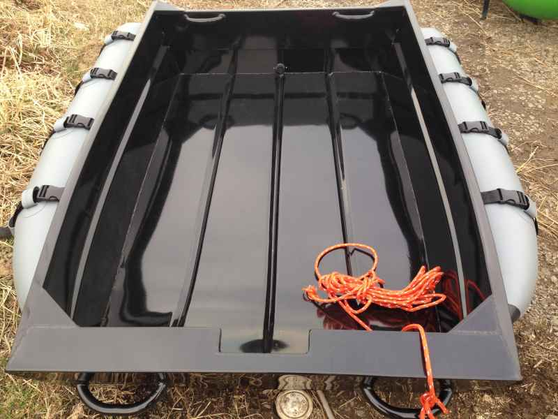 広い船内スペース!カラマスパント190 /フラット床モデル