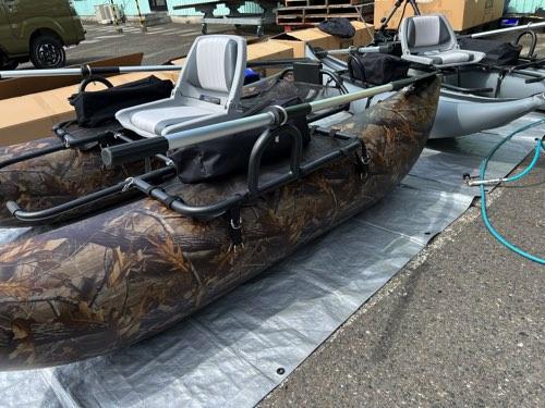 ポンツーン型・BEE VERTEX9 リアルウッドカモ/安心の2気室チューブ採用