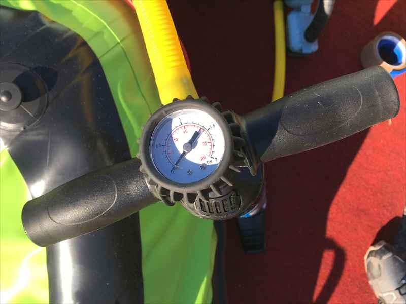 エアーマットもスイスイ!ハイパワーハンドポンプ26HP/空気圧計付