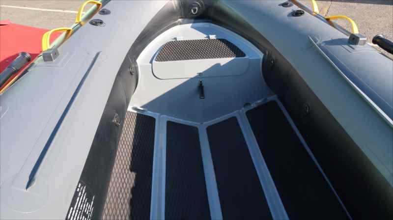5海里対応/アンカーロッカー付/BEE 300RIB-48� アルミリブ