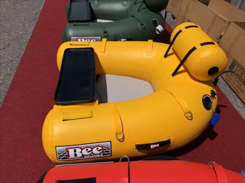 最小/軽量5kg/PVC「BEE110Uワンテンフローター/Green&Blue」