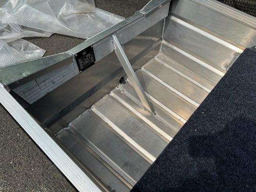 Karamas パント KP330デッキ付/軽量モデル