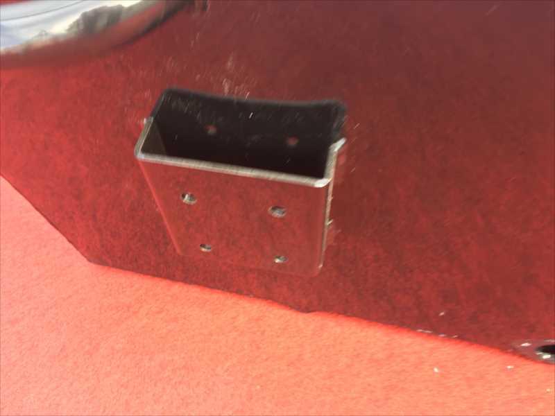 カラマス220/フルフラットハイデッキ・カーペット少し汚れあり