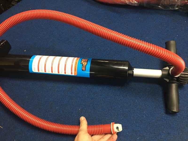 現場で静音/12V&100V充電 バッテリー内臓/HT338 ハイパワーブロア/7.5V