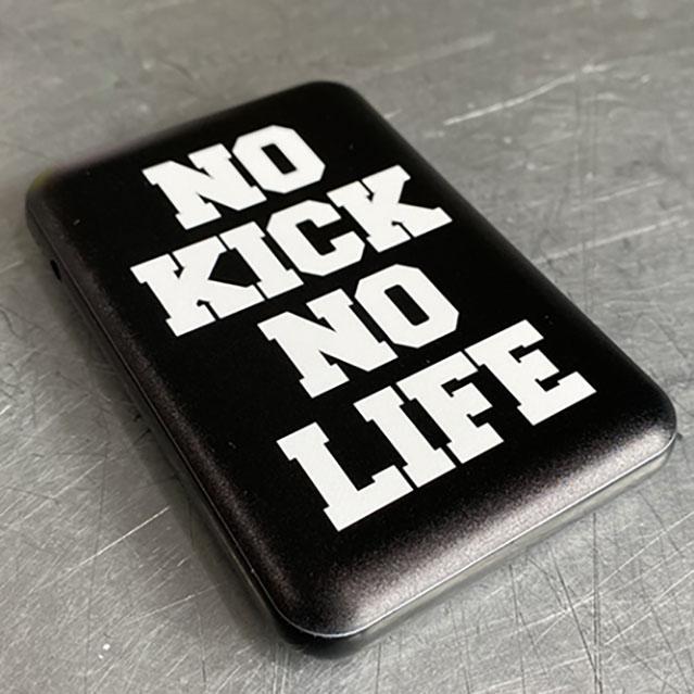 NO KICK NO LIFE オリジナル モバイルチャージャー