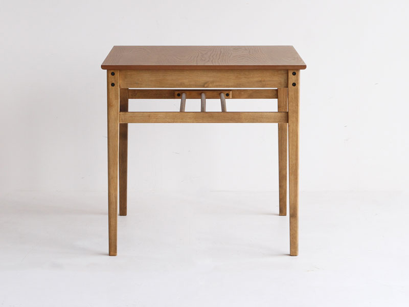 オーク材の大きな木目が美しいダイニングテーブル | 幅75cm