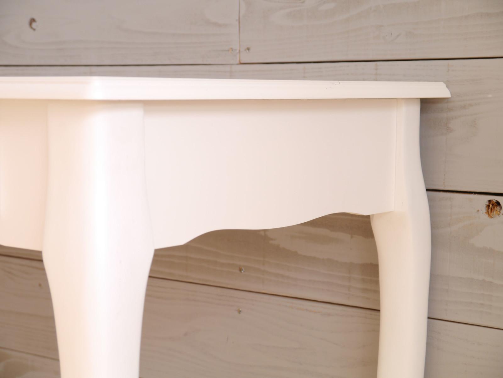 白の猫脚デスク | エレガント | AI