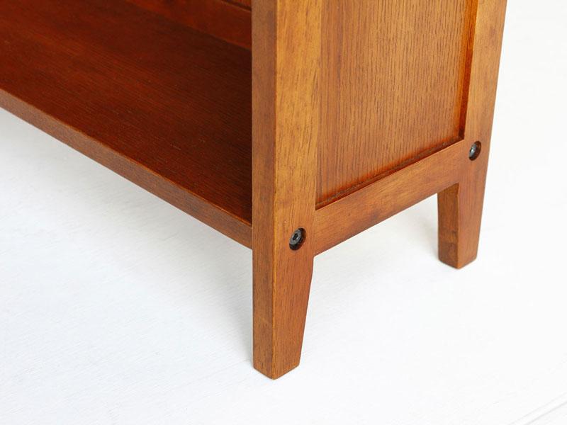 アトリエ雰囲気の本棚|奥行き20cmの薄型|幅70cm
