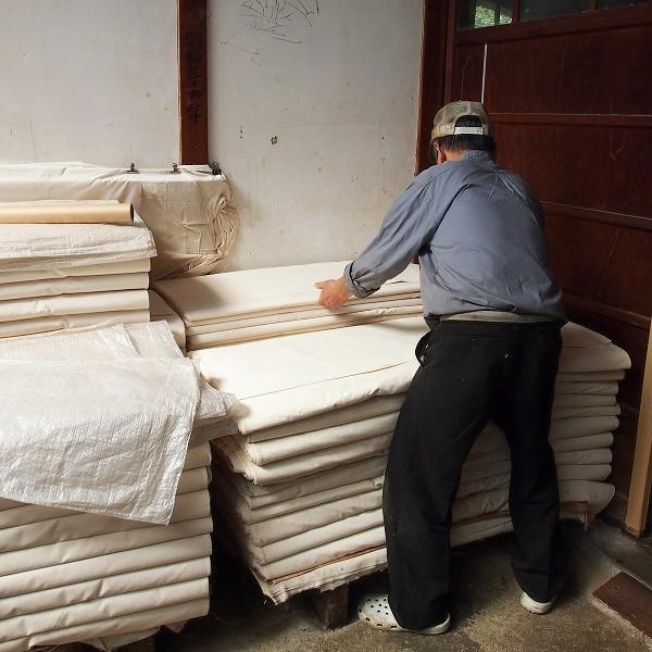 石井織物 八重蔵さんの平織(タッサ—) 洗い晒加工 生成