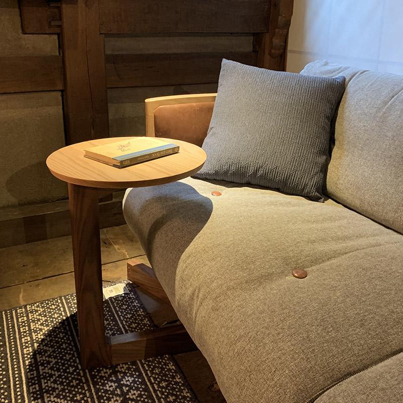 (宮崎椅子製作所)en side table