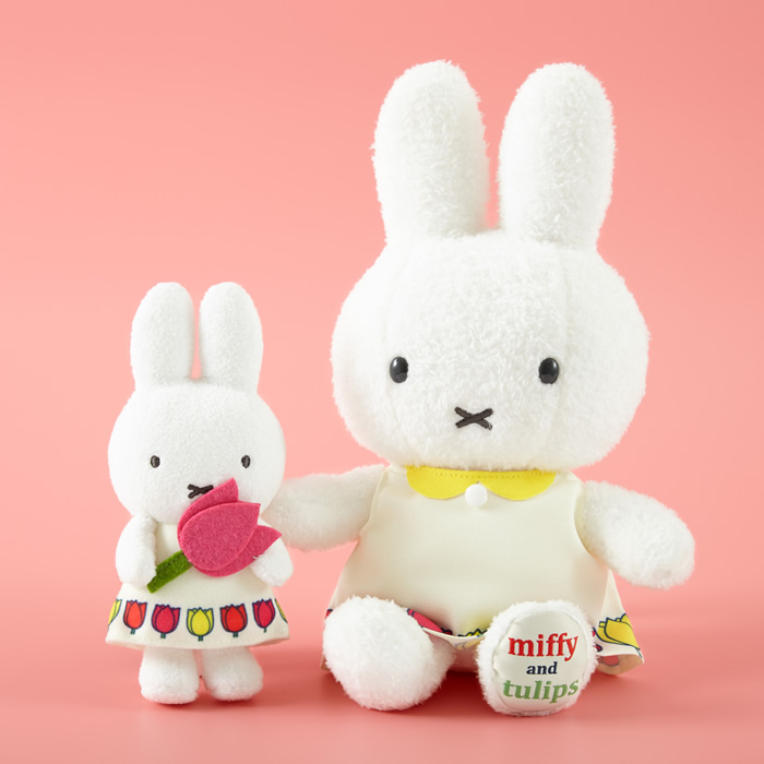 miffy and tulips マスコットキーチェーン