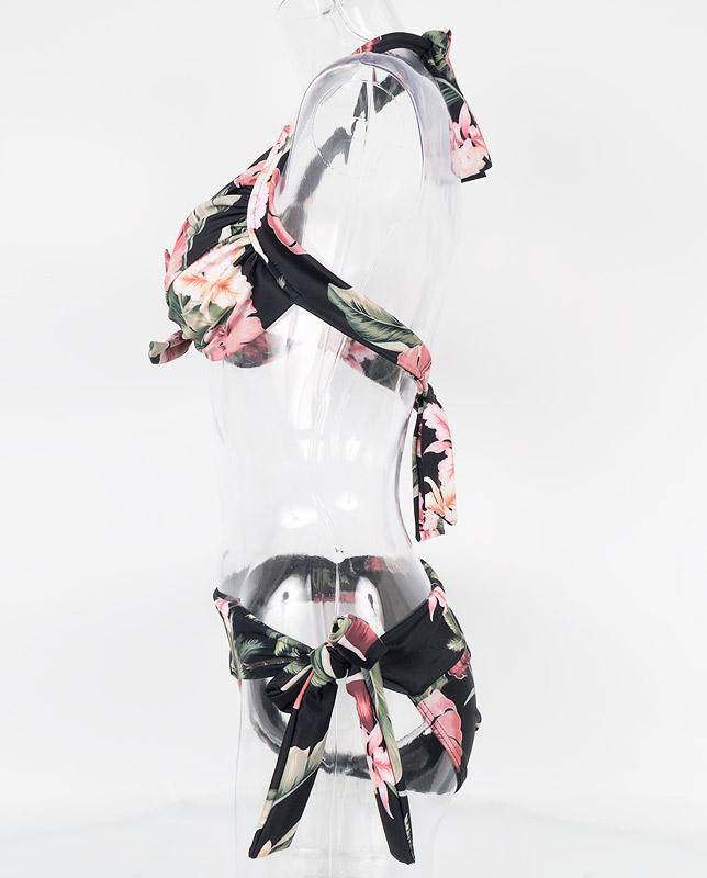 トロピカルスモークピンク花柄 フロントノットホルター水着 【LAULEA】