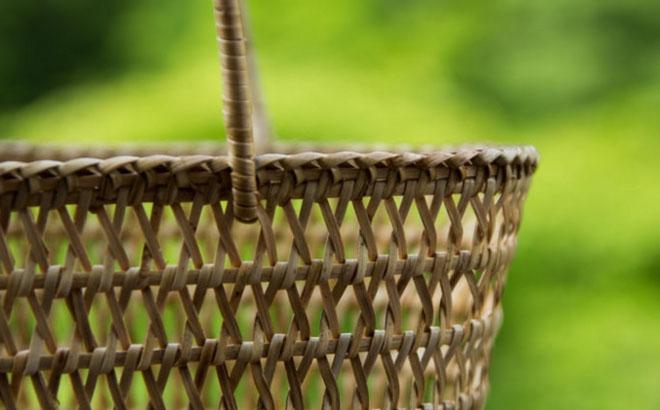 cob.ミャンマーのラタンバッグ シンプル・小