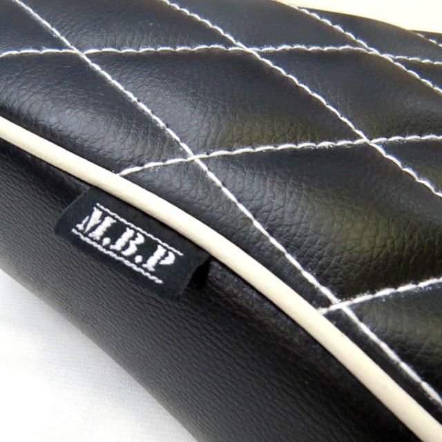 《モトブルーズオリジナル》限定カラー【M.B.P】スーパーカブ/リトルカブ用カスタムシート『MBP-CSD-BK-WHWH』コブラシート ブラック ダイヤステッチ ホワイトステッチ