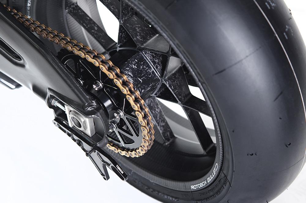 ROTOBOX(ロトボックス) カーボンホイールセット BULLET (バレット) Triumph ThruxtonR1200
