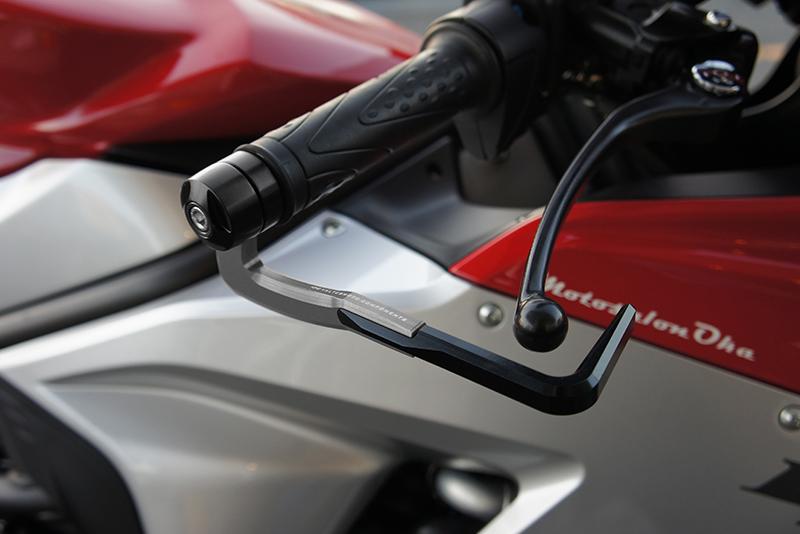 Valter Moto (バルターモト)レバーガード SAFEROD SUZUKI Gladius650/400(09-15)