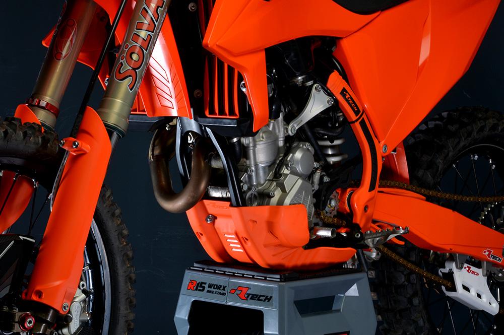 R-TECH(アールテック) テクノポリマー エンジンプロテクター BETA RR250/300 (20) レッド