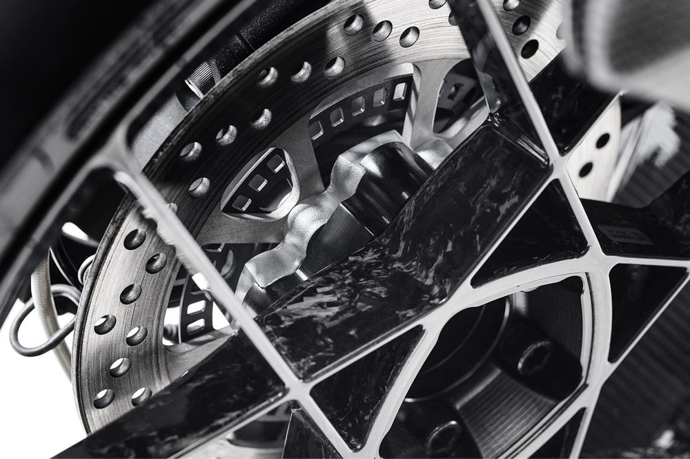 ROTOBOX(ロトボックス) カーボンホイールセット BULLET (バレット) BMW R1200(13-17)
