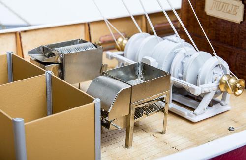 aero-naut Jule Fischkutter(ジュール)-トロール漁船
