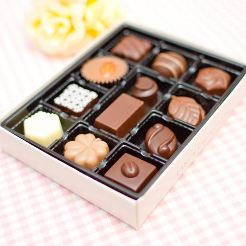 """【定期購入商品】【オプション在庫すべて0】""""回数割引価格""""チョコレート毎月15日お届け"""