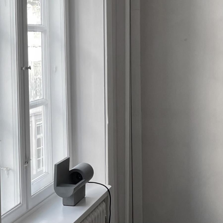101 COPENHAGEN/BRUTALISTテーブルライト