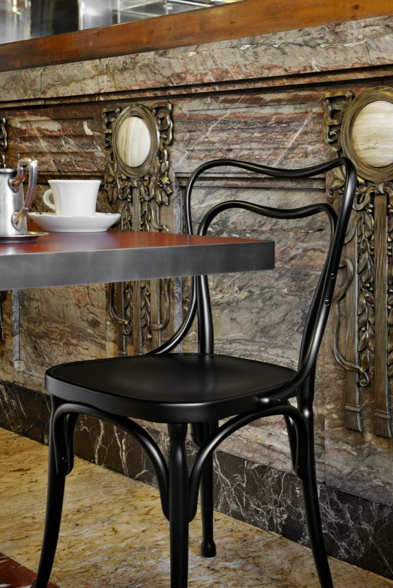 Gebruder Thonet Vienna GmbH/トーネット/loos-cafe-museumダイニングチェア