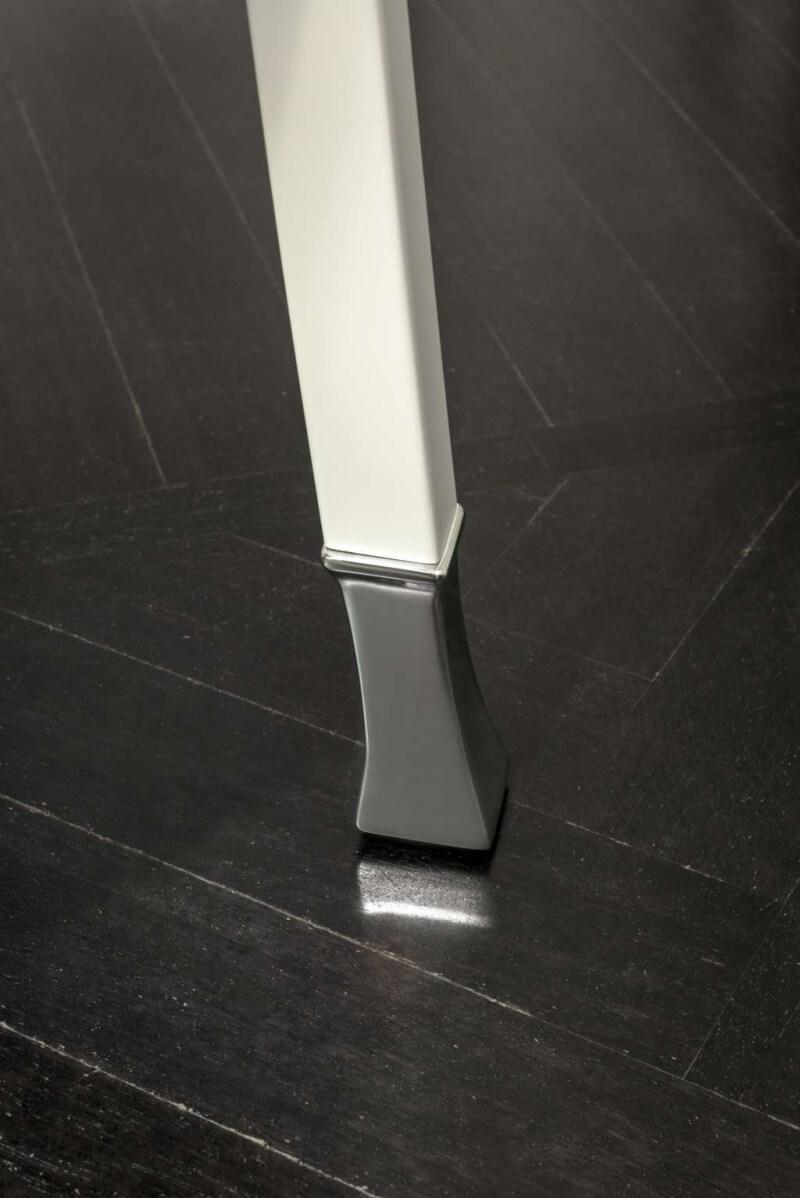 Gebruder Thonet Vienna GmbH/トーネット/Postsparkasseダイニングアームチェア
