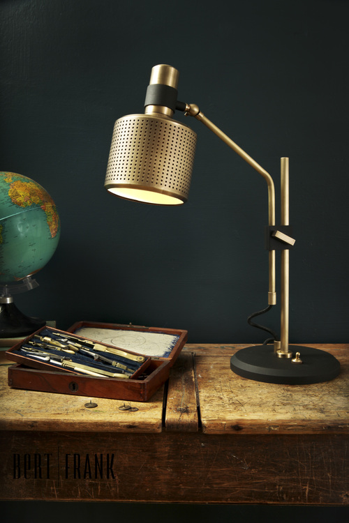 Bert Frank/バートフランク/RIDDLE SINGLEテーブルランプ