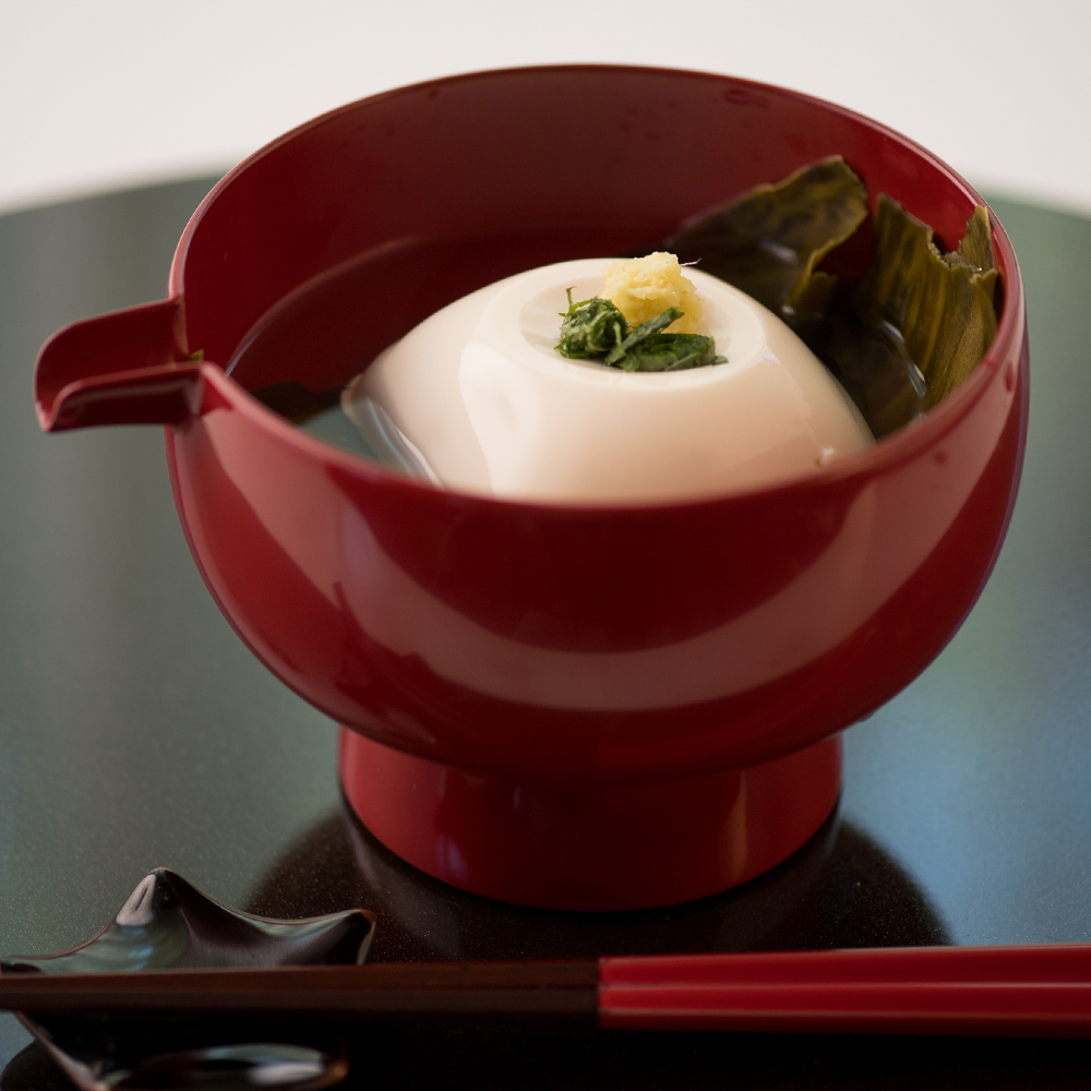 なめらか絹豆腐