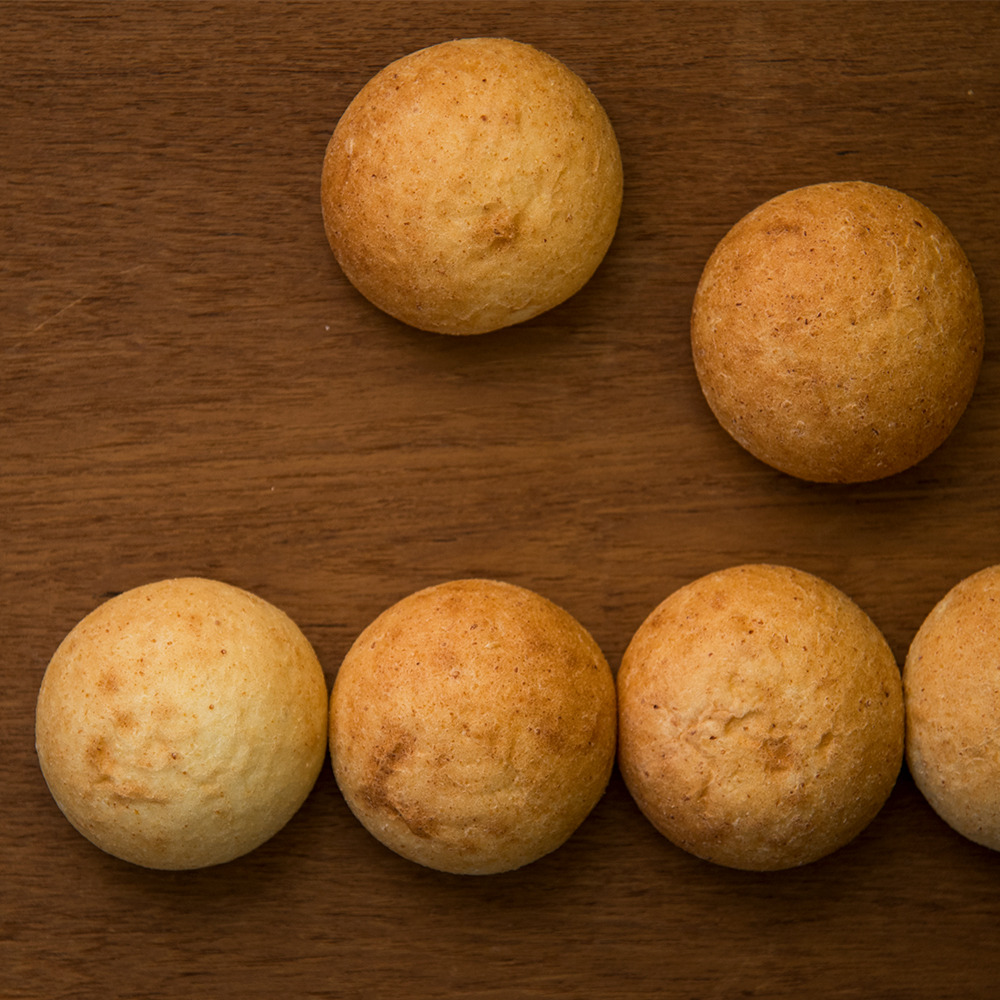 生おからパン(まる)5個入り 《冷凍》