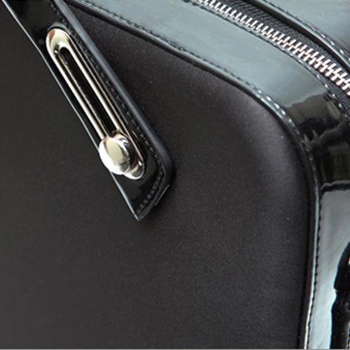 B6307 ミッシェル・サテンブリーフケース M (15.4インチ) - ブラック