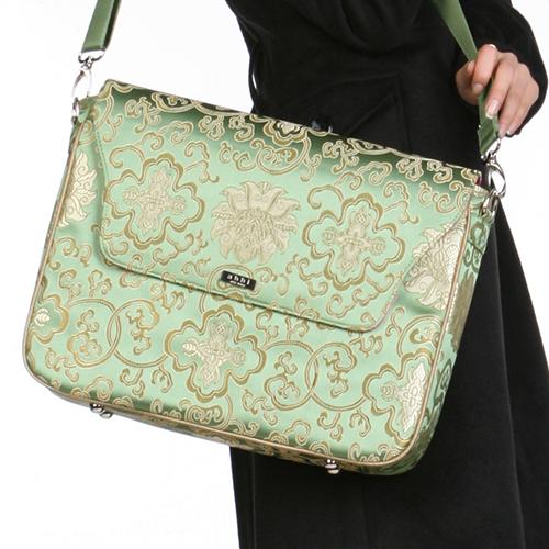 B2904 パソコンバッグ 女性用 ジェイド(Jade)-Silk風 <br>おしゃれなPCバッグ! PCバッグがファッションの引き立て役に! abbi newyork pc バッグ 女性用 新生活
