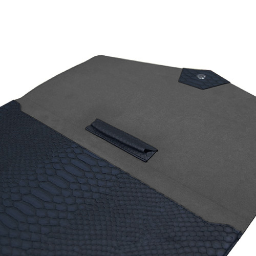 iPad Pro ケース バッグ型 ポーチ GAZE マットパイソンクラッチ アイパッド プロ