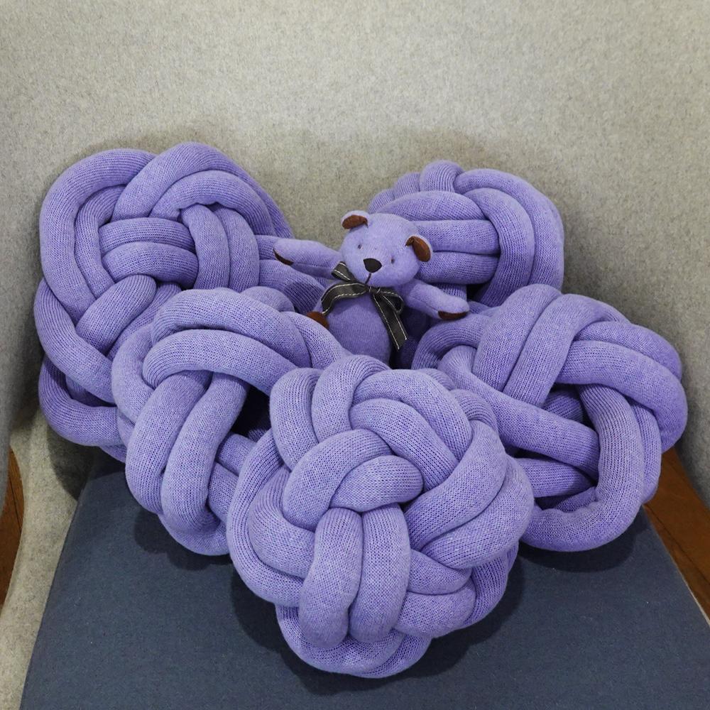 贅沢なカシミヤ100%糸で編んだリリヤンの組み紐クッション「まり」(3本どり)【直径約25cm】