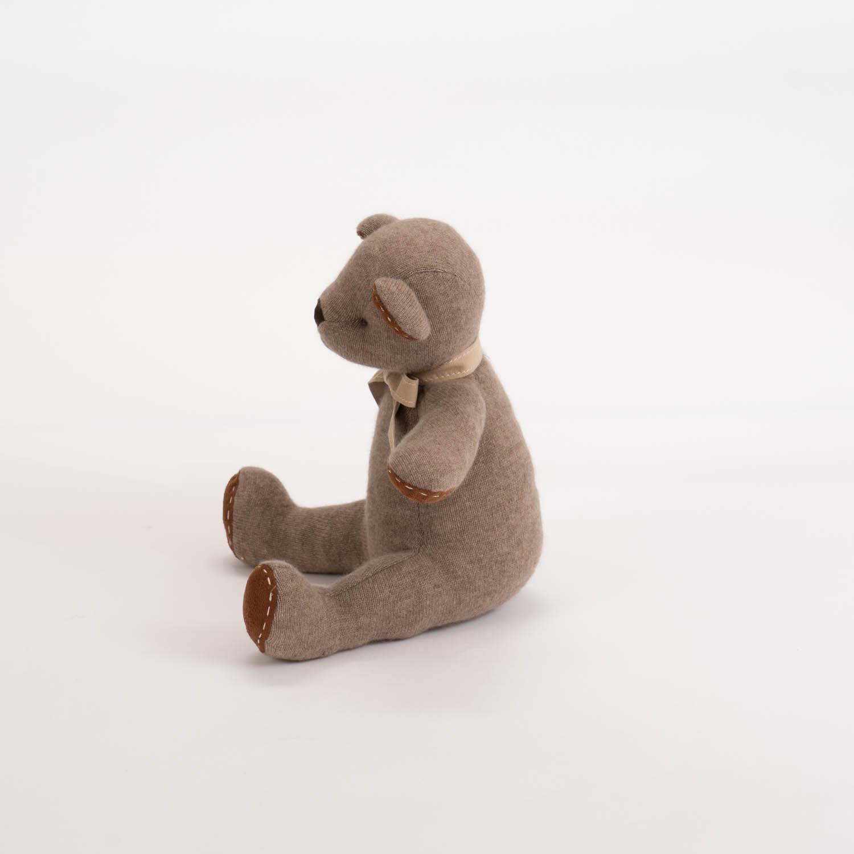 高級カシミヤ製テディベア。モカコーヒー色のモカ・パパベア【30cm】
