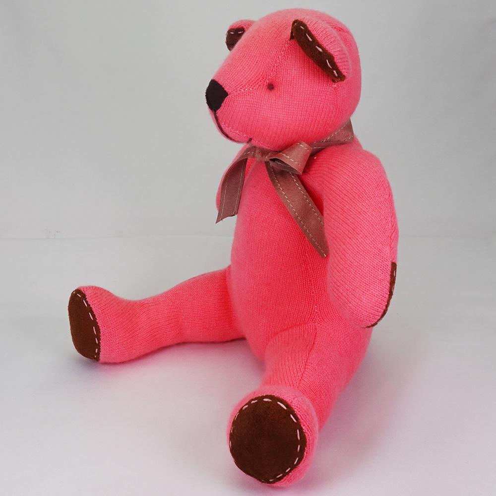 高級カシミヤ製テディベア。キュートピンク色のマジェンタ・パパベア【30cm】