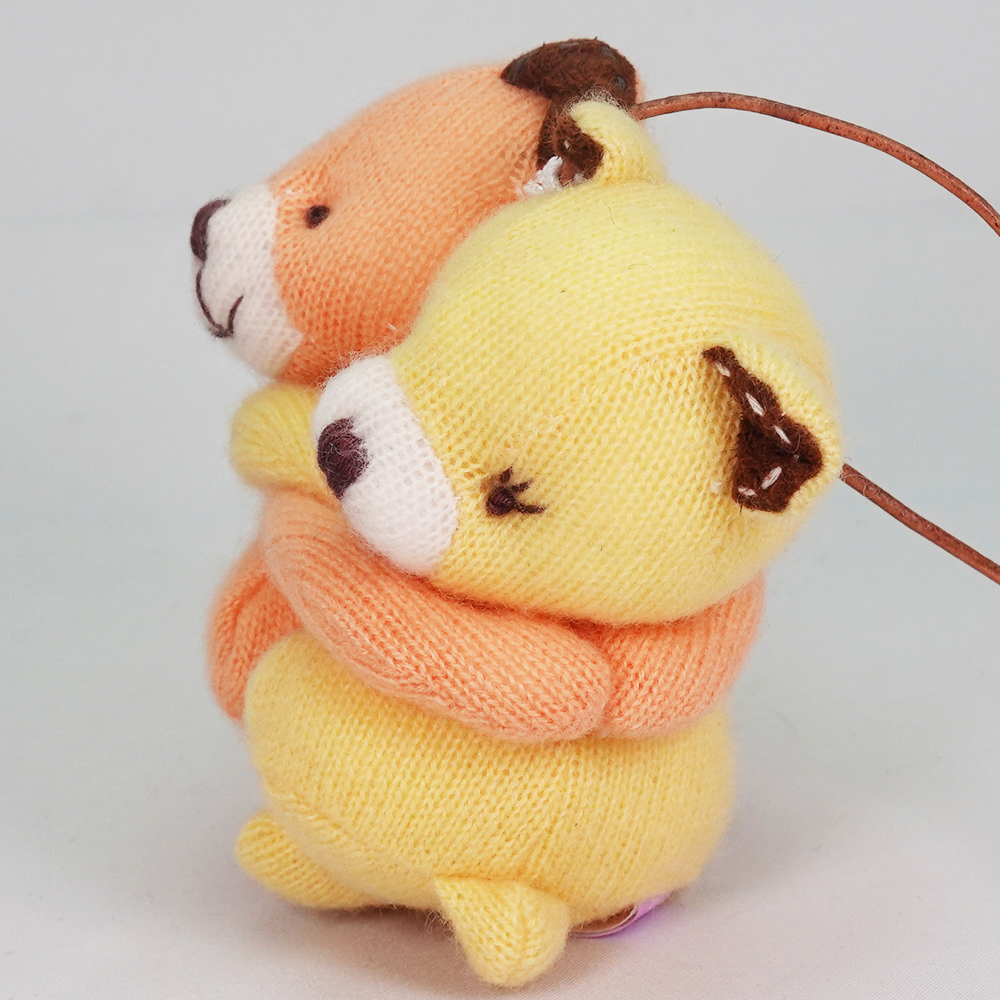 高級カシミヤ製の縁結びハグベア。 マンゴー&レモン・ベビー・ハグベア【8cm】