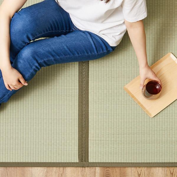 4つ折り い草の畳マットレス くらま【キング】約幅180×長さ200×厚み1.1cm