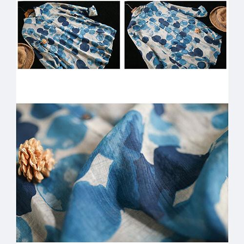 レトロなドットプリント柄プルオーバーシャツ