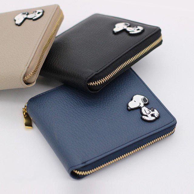 【PEANUTS】スヌーピーの二つ折りファスナー財布