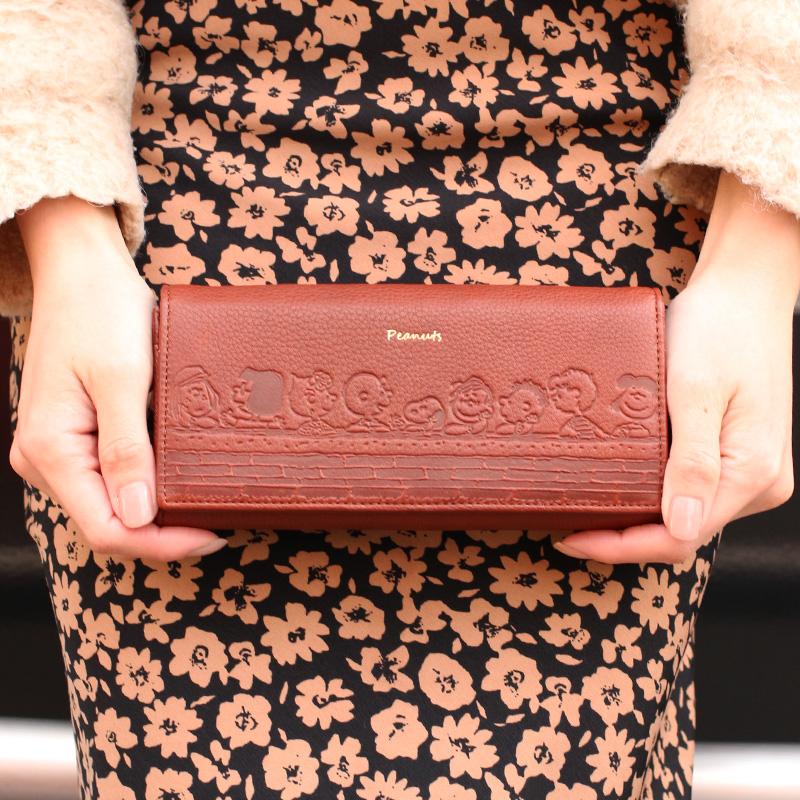 【PEANUTS】スヌーピーの長財布