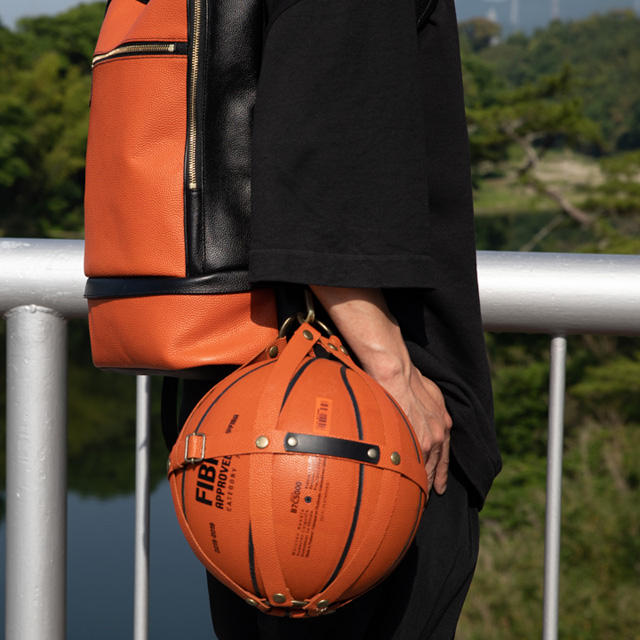 【レザージー/leather-g】バスケ革のボールホルダー6号球、7号球対応