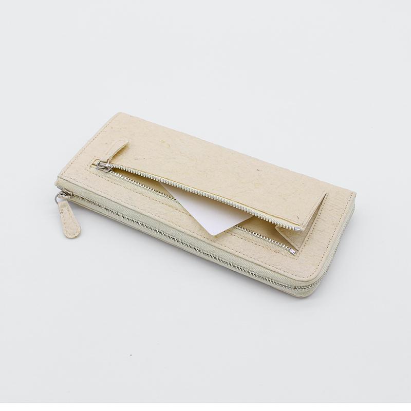 パイナップルから作られた長財布 サステナブル sdgs