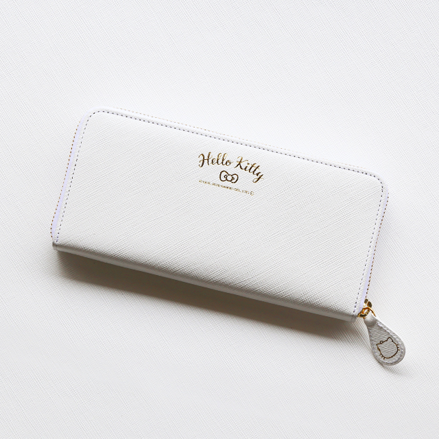 【HELLO KITTY】ハローキティーの長財布
