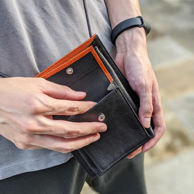 【レザージー/leather-g】バスケ革のポシェット