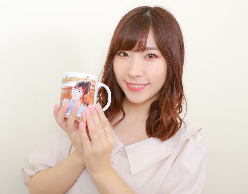 岩佐美咲・マグカップ