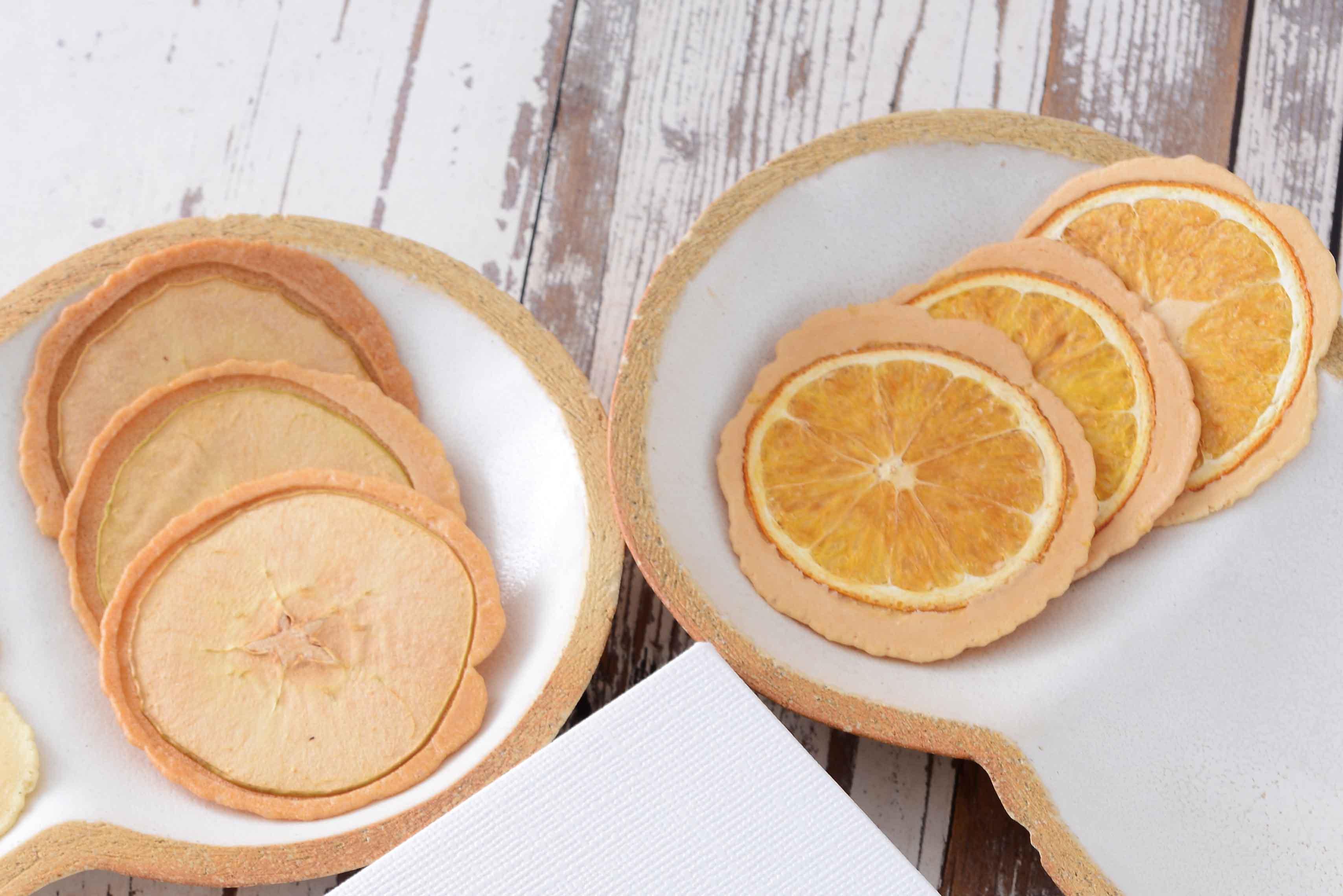 【美濃菓蔵2種入り:12枚】スライスフルーツを載せたはさみ焼きせんべい詰め合わせ